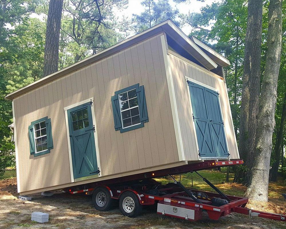 delivering a shed