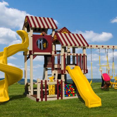Front View of The Shooting Star Vinyl Swingset